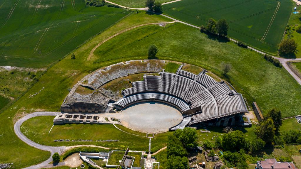photo par drone amphithéâtre de Grand (vosges) réalisée par Drone Vosges