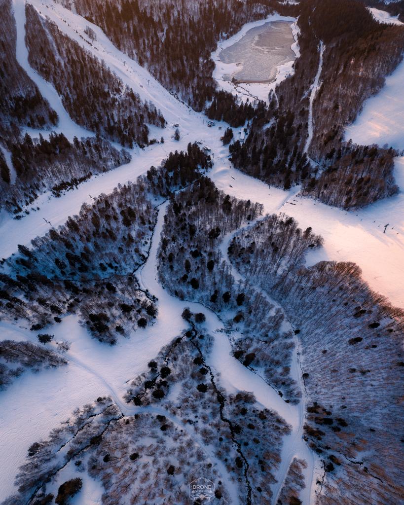 photo aérienne coucher de soleil pistes de ski de la Bresse par Drone Vosges