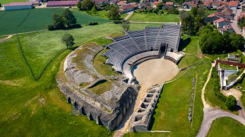 photo aérienne amphiteatre de grand par Drone Vosges
